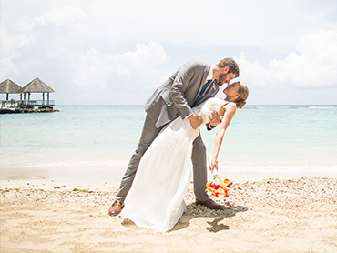 Sandal Ochi Beach Destination Wedding Photographers